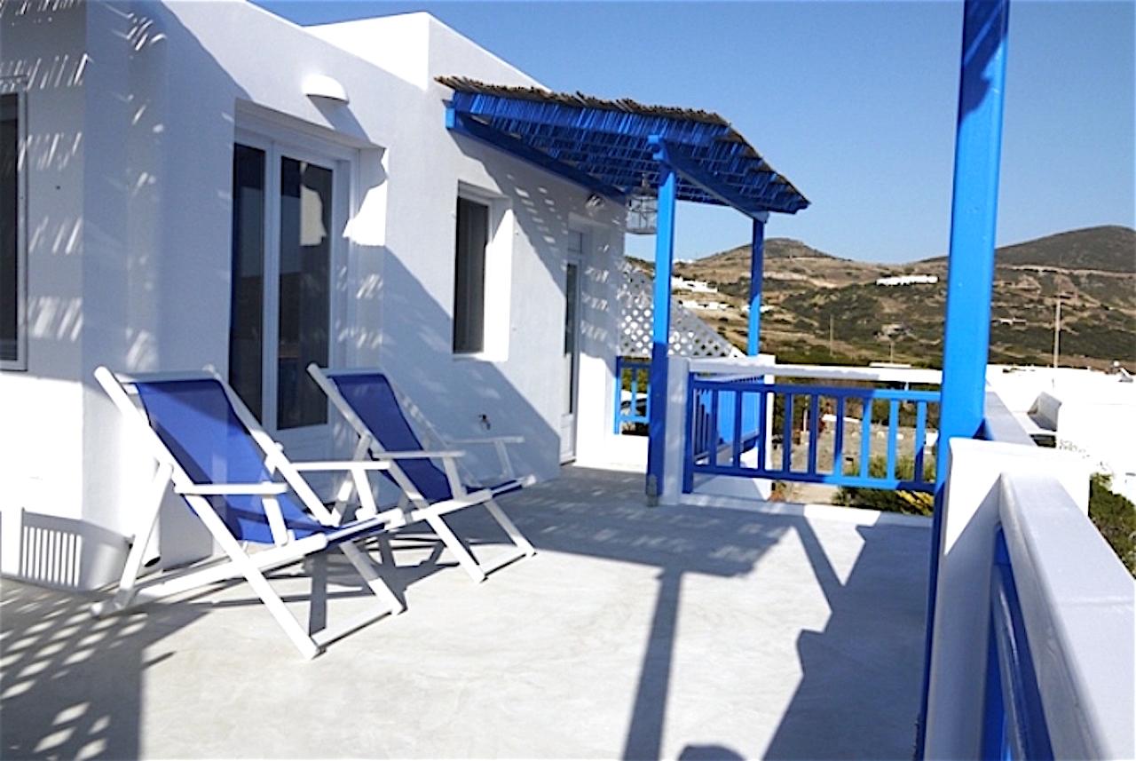Building No 1 A Ambassador Villa With Jacuzzi For 4 People Dolphin Antiparos Villas